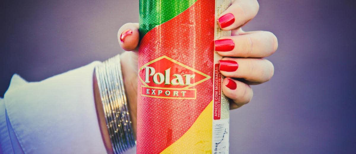 Lata da cerveja Polar