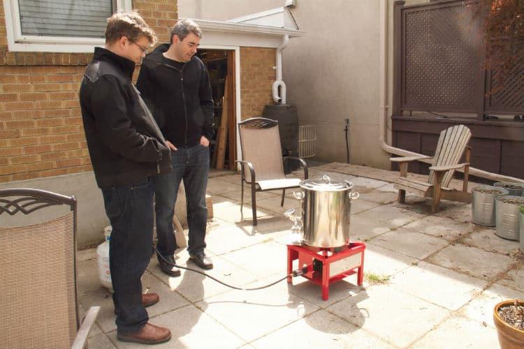 Motivos para NÃO fazer cerveja em casa: mexer no fogão