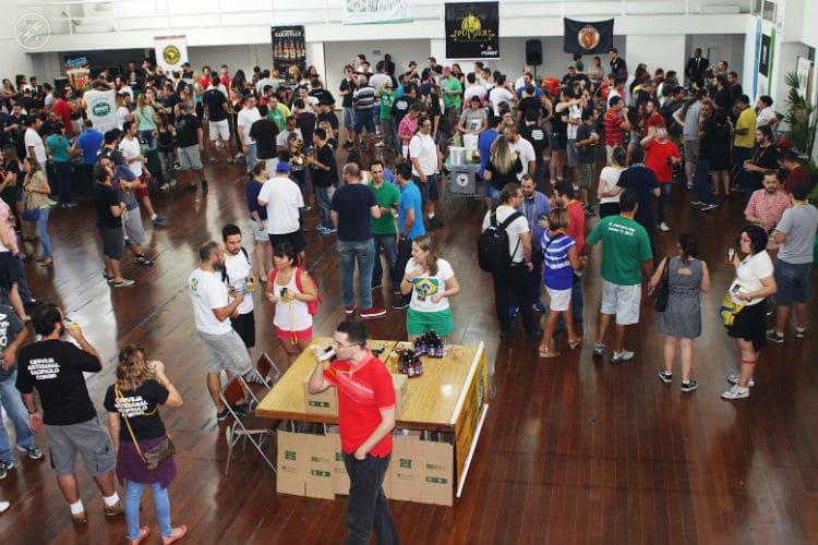 Geral reunido no 4º Encontro da Cerveja Artesanal São Paulo