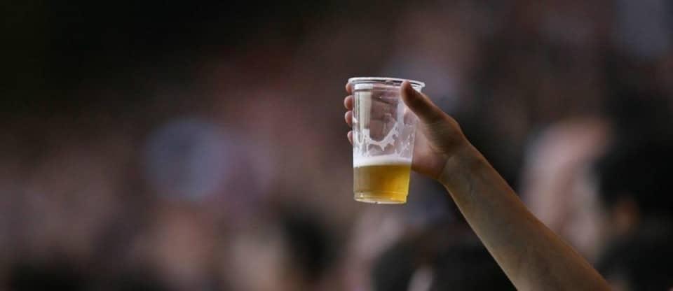 cerveja no estádio