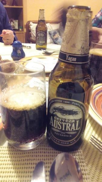 Cerveja produzida na Patagônia Chilena. Vale experimentar, mas nao crie muitas expectativas. Parece coca.
