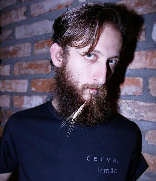 Camiseta Cerva, Irmão
