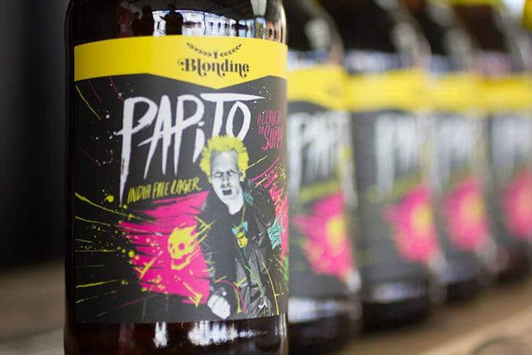 Garrafas da Papito, a cerveja do Supla