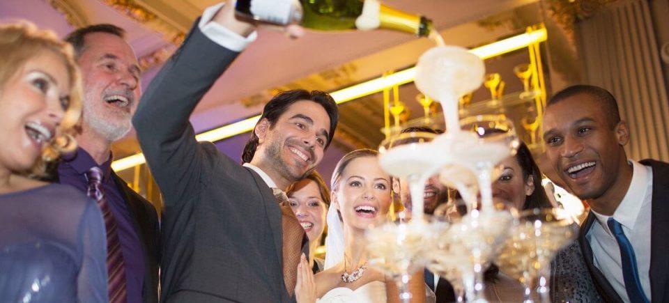 taças de bebidas no casamento