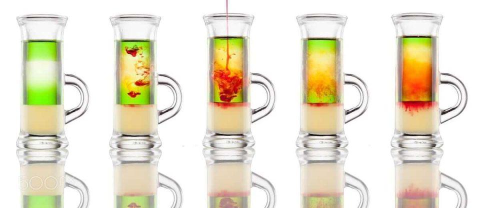 drinks em camadas com grenadine