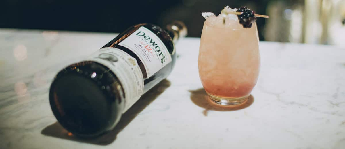 garrafa Dewar's drink