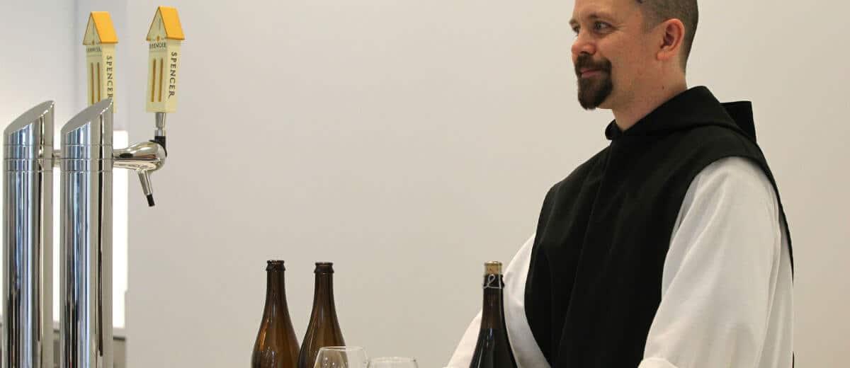 monge trapista e cerveja