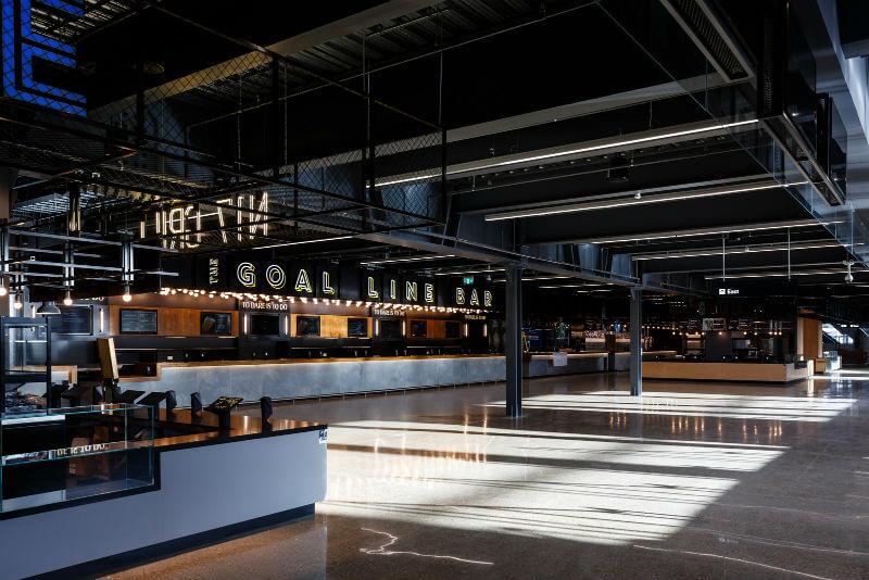 bares do estádio de futebol com sua cervejaria própria